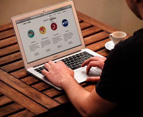 Szukasz specjalisty od stron www?